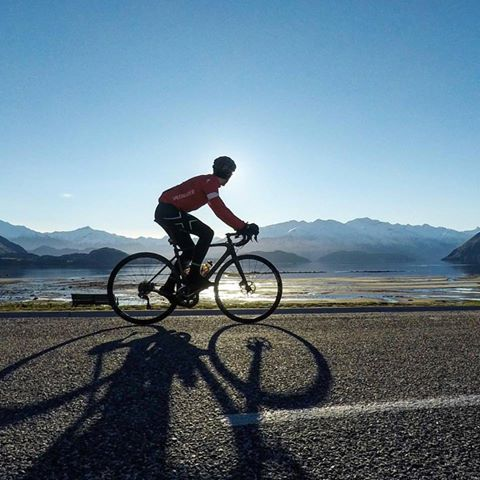 Beautiful NZ scenery for cycling