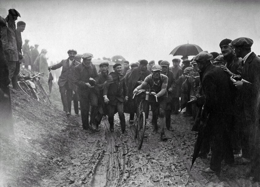 cycling through mud in 1926