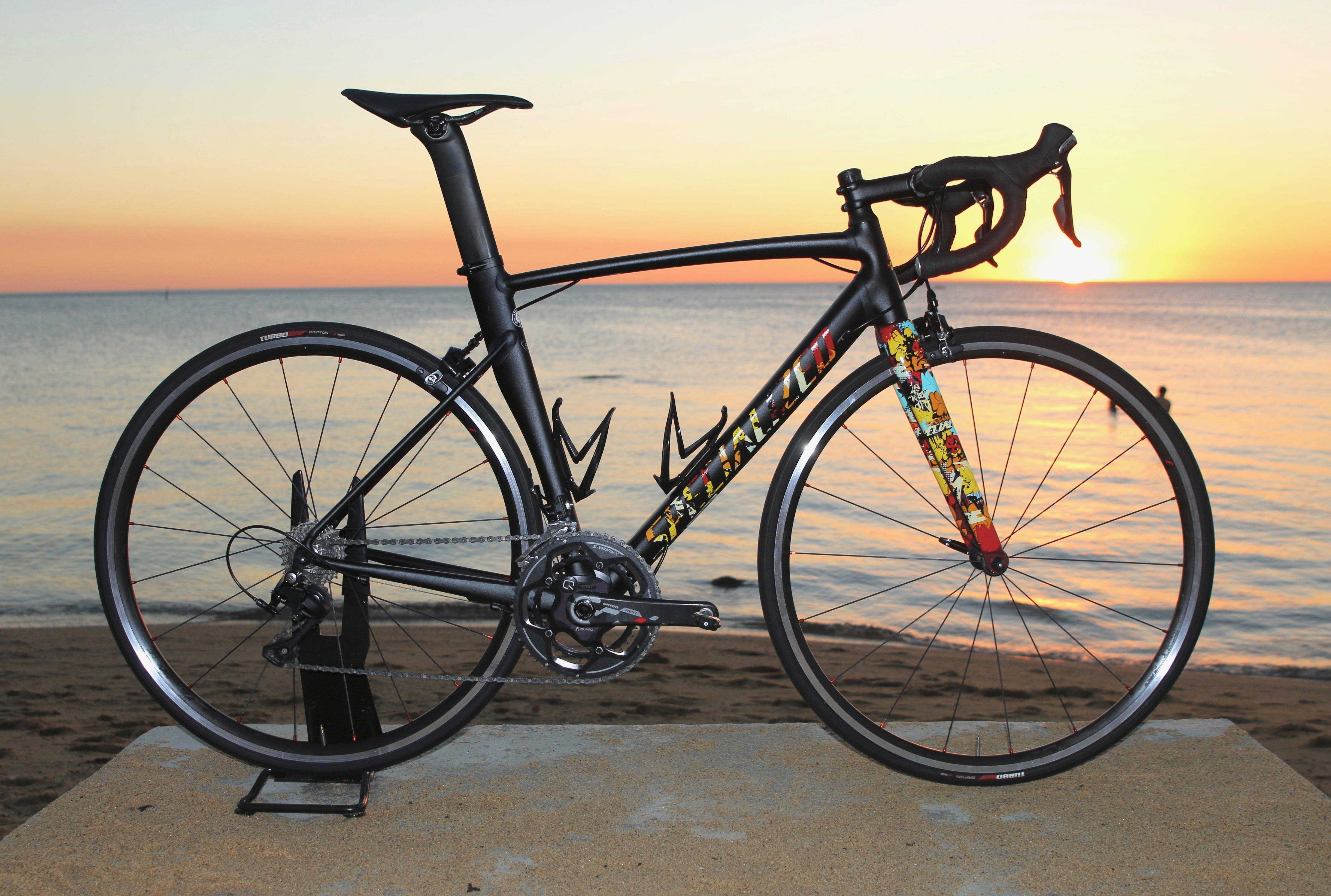 best road bikes under 3000