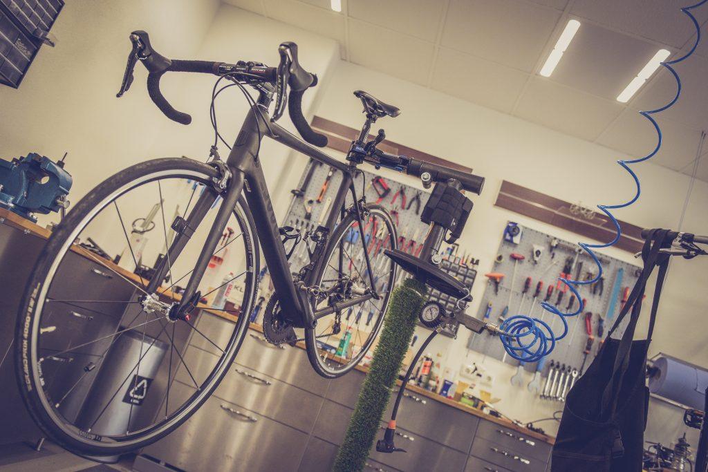 bicycle bike repair shop 132682